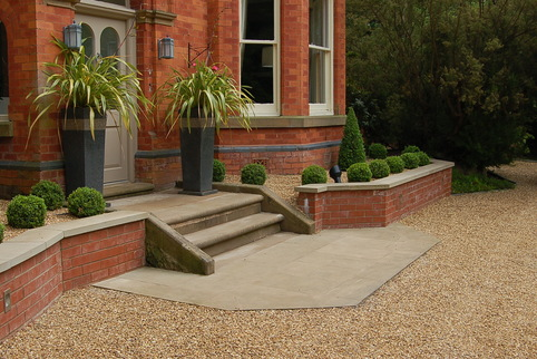 Entrance threshold off Stabilised Gravel driveway in Knutsford