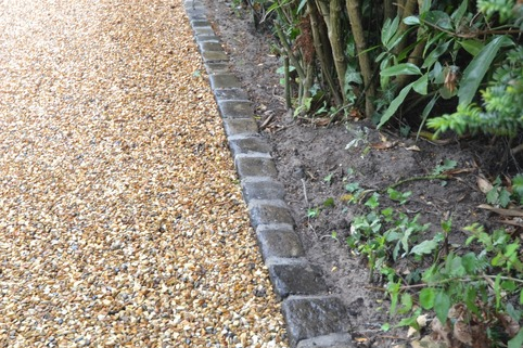 Reclaimed setts for edging of Stabilised Gravel driveway in Macclesfield