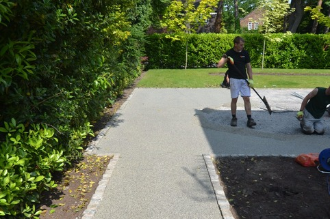 Resin bound gravel path in Knutsford