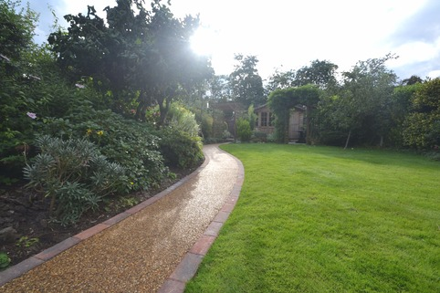 Resin bound pathway in Bramhall