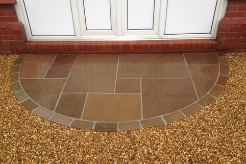 Stabilised Gravel driveway with Indian Sandstone threshold in Sandbach, Cheshire
